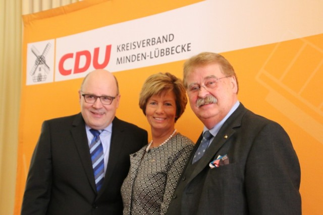 v.l.n.r.: Steffen Kampeter, Kirstin Korte MdL, Elmar Brok MdEP