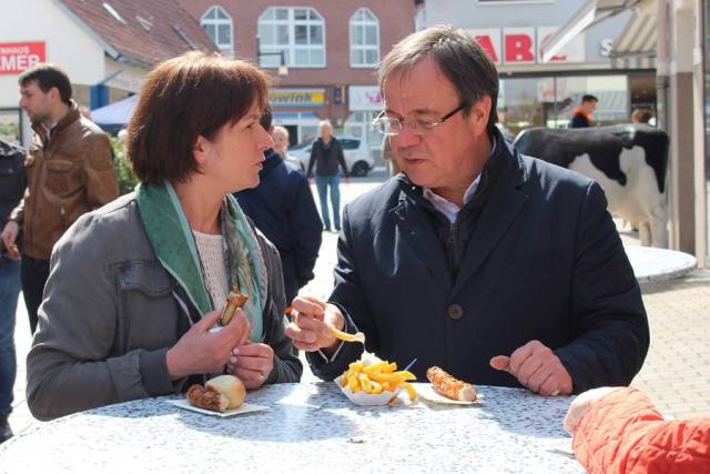 Landtagskandidatin Bianca Winkelmann und Armin Laschet MdL und Spitzenkandidat der CDU in NRW in Lübbecke