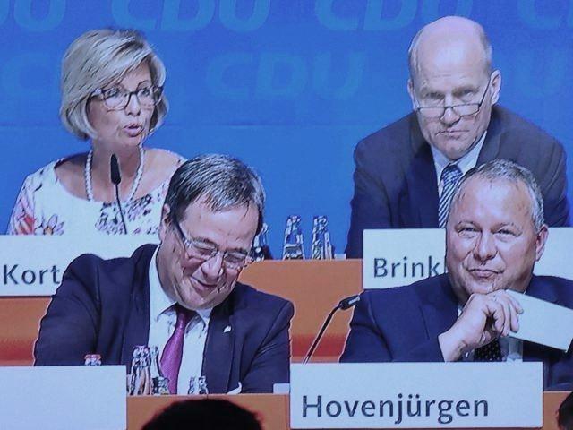 v.l.n.r.: Kirstin Korte MdL; Ministerpräsident Armin Laschet; Ralph Brinkhaus MdB; Generalsekretär Josef Hovenjürgen MdL
