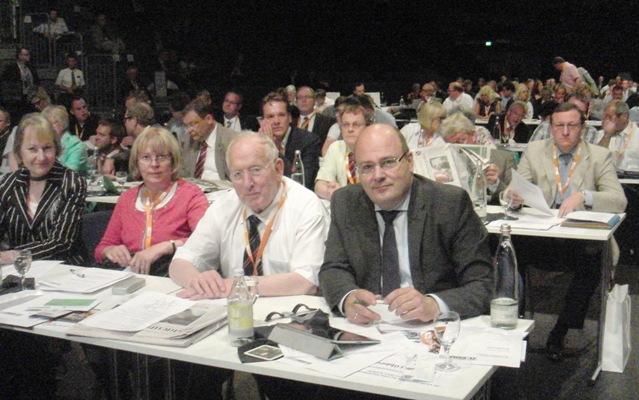 Kampeter und weitere Delegierte beim Landesparteitag